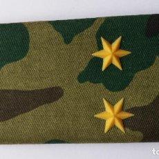 Militaria: HOMBRERA ,INSIGNIA DE TENIENTE 2 ESTRELLAS DE 6 PUNTAS. Lote 74099547