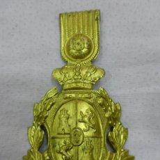 Militaria: ANTIGUA PLACA-CHAPA MILITAR DE LATÓN DORADO DE ROS INFANTERÍA-ORIGINAL ÉPOCA ALFONSO XIII. Lote 79336085