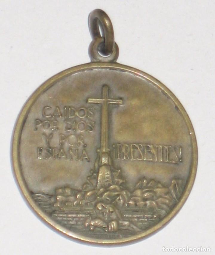 MEDALLA CONMEMORATIVA VALLE DE LOS CAÍDOS (Militar - Insignias Militares Españolas y Pins)