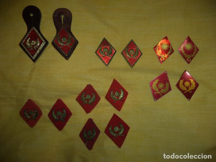 2 PEPITOS Y 12 ROMBOS INTENDENCIA MILITAR (Militar - Insignias Militares Españolas y Pins)