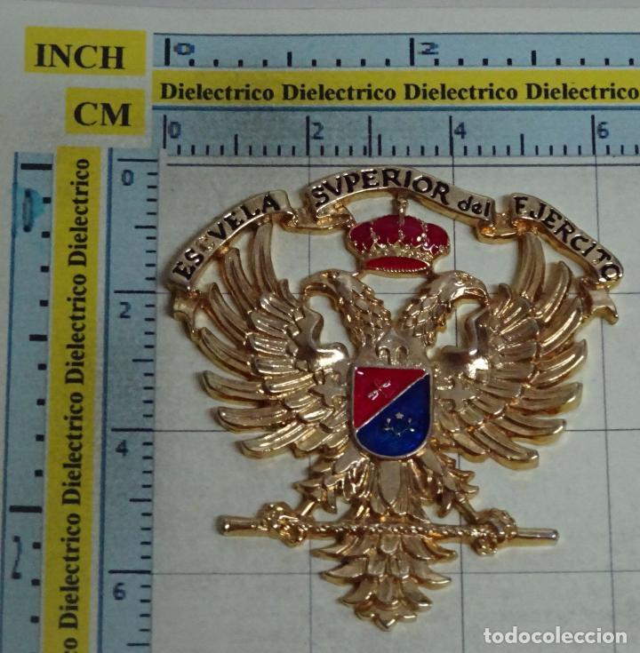 INSIGNIA EMBLEMA ESCUDO MILITAR. ESCUELA SUPERIOR DEL EJÉRCITO (Militar - Insignias Militares Españolas y Pins)