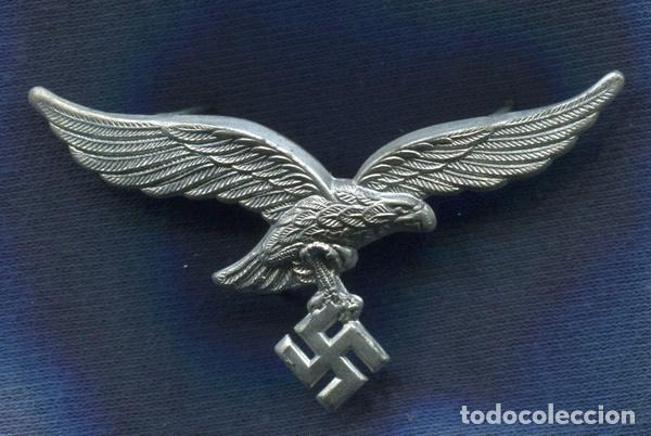 ALEMANIA III REICH. INSIGNIA, AGUILA DE GORRA DE LA LUFTWAFFE. ZINC. (Militar - Insignias Militares Extranjeras y Pins)