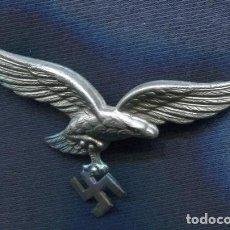 Militaria: ALEMANIA III REICH. INSIGNIA, AGUILA DE GORRA DE LA LUFTWAFFE. ZINC.. Lote 80182113