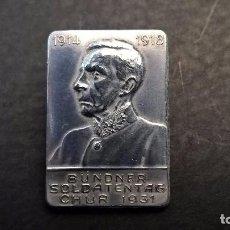 Militaria: INSIGNIA AGUJA SUIZA-BUNDNER SOLDATENTAG CHUR 1931. Lote 87576184