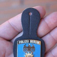 Militaria: PLACA POLICIA BERLIN. Lote 89507136