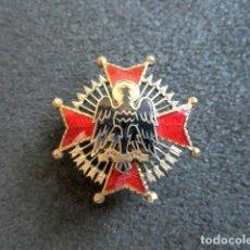 Militaria: ANTIGUA INSIGNIA MILITAR ORDEN DE CISNEROS. FALANGE. ESMALTADA.. Lote 89513708