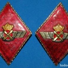 Militaria: PAREJA DE ROMBOS DE CUELLO LOSANGE DEL EJERCITO DEL AIRE/CUERPO GENERAL PILOTOS-01. Lote 90542265