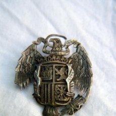 Militaria: BROCHE, ALFILER ESCUDO DE PLATA HECHO A MANO AGUILA IMPERIAL ÉPOCA DE FRANCO. Lote 92049150