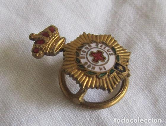 Militaria: Insignia pin de solapa de la Cruz Roja In hoc signo salus - Foto 3 - 94512150
