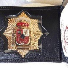 Militaria: PLACA ESTRELLA OCTOGONAL ESCOLTA PRIVADO Y CARTERA DE PIEL.. Lote 94995803