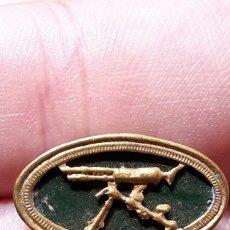 Militaria: INSIGNIA AMETRALLADORAS EJERCICIO REPUBLICANO . Lote 95662262