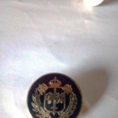 Militaria: PIN POLICIA, LOTE 5 PINS POLICIA BÉLGICA, BRUSELAS Y ASOCIACIONES DEPORTIVAS, VINTAGE AÑOS 90. Lote 95733683