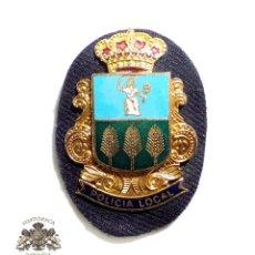 Militaria: DISTINTIVOS POLICÍA LOCAL VILLANUEVA DE LA CAÑADA. Lote 97044591