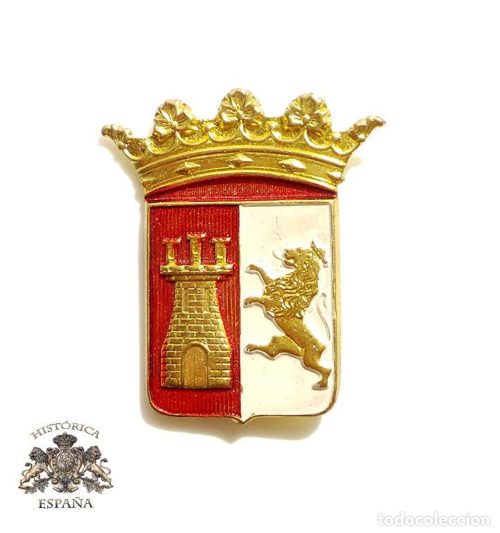 ESCUDO BRAZO DIVISIONES GUADARRAMA Y SOMOSIERRA (Militar - Insignias Militares Españolas y Pins)