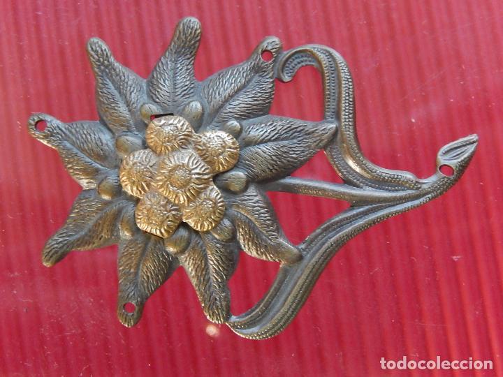 Militaria: Insignia / distintivo. Edelweiss. Tropas de montaña. Utilizado por las tropas alemanas y austriacas - Foto 2 - 97564635