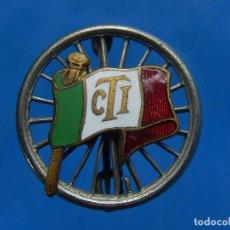Militaria: INSIGNIA / DISTINTIVO ITALIANO. BANDERA CON INICIALES CTI. A CATALOGAR.. Lote 97750115