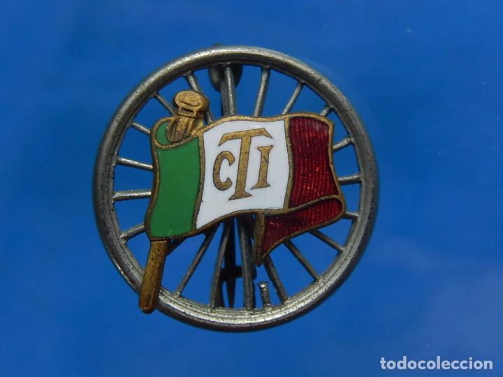 Militaria: Insignia / distintivo italiano. Bandera con iniciales CTI. A catalogar. - Foto 4 - 97750115