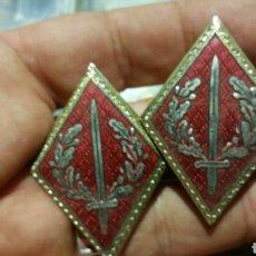 Militaria: PAREJA DE ROMBOS. Lote 173812108