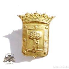 Militaria: INSIGNIA AYUNTAMIENTO DE MADRID 4,7 CM DE ALTO. Lote 104059587