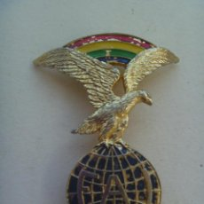 Militaria: ANTIGUO EMBLEMA FAI DE LA AVIACION CIVIL. Lote 109104475
