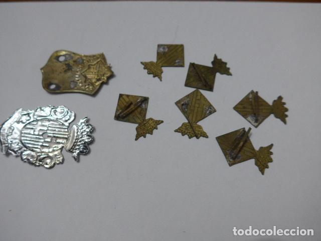 Militaria: * Gran lote de insignia de policia de Barcelona antigua, originales, variedad. ZX - Foto 4 - 110334835