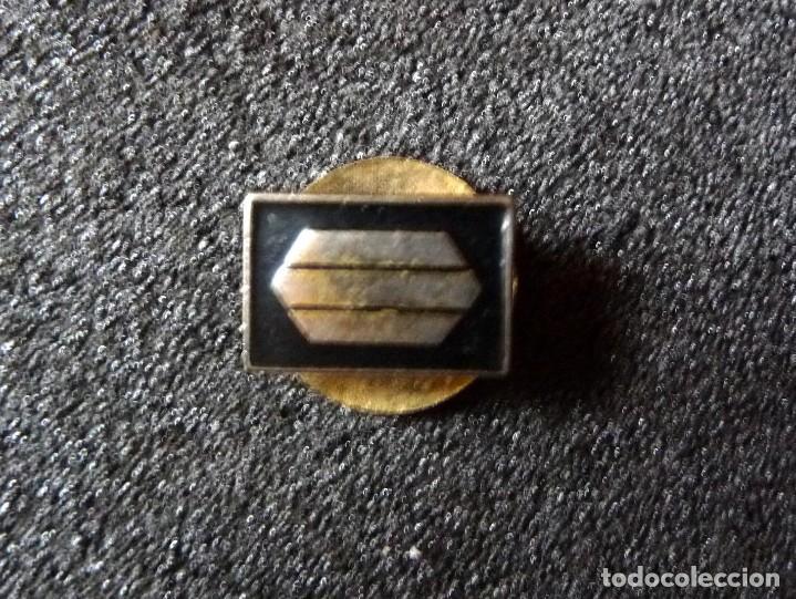 Militaria: (JX-180238)Insignia de ojal , pin , de Sargento Provisional , Guerra Civil . - Foto 2 - 113683427