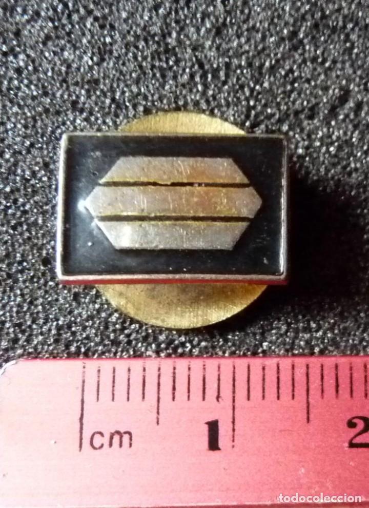 Militaria: (JX-180238)Insignia de ojal , pin , de Sargento Provisional , Guerra Civil . - Foto 5 - 113683427