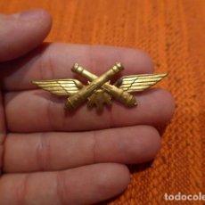 Militaria: ANTIGUA INSIGNIA, DE ARTILLERIA ANTIAEREA. Lote 114991803