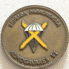 Militaria: MEDALLA DE MANO. BRIGADA PARACAIDISTA ALMOGAVARES VI.. Lote 114994111
