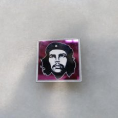 Militaria: INSIGNIA, PINS DEL CHE GUEVARA. Lote 115281283