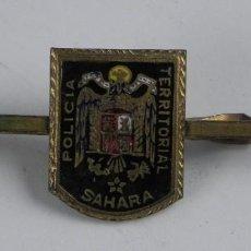 Militaria: PASADOR DE CORBATA DE LA POLICIA TERRITORIAL DEL SAHARA ESPAÑOL, ESMALTADA.. Lote 115790771