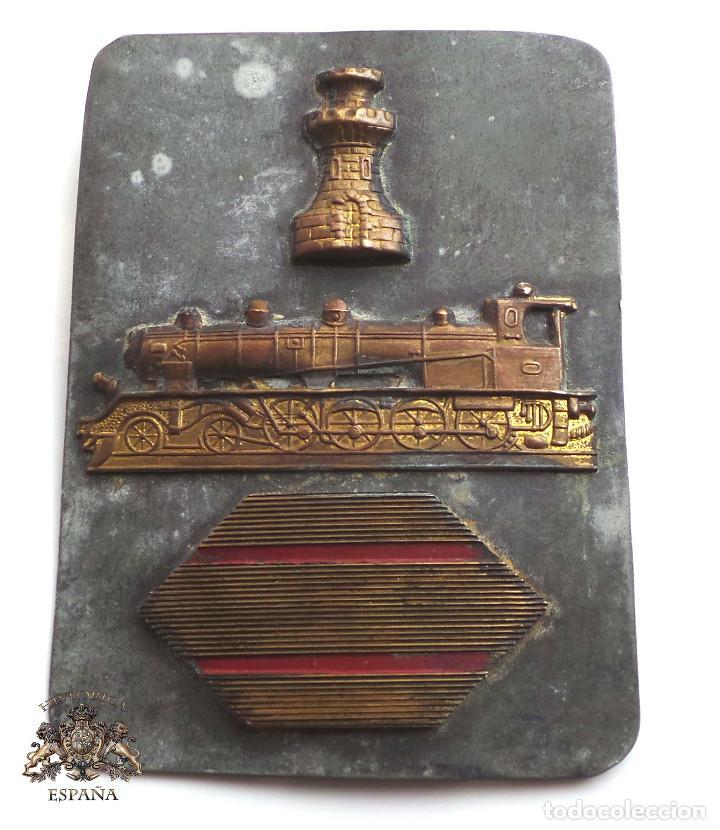 ESCUDO DE SARGENTO DEL CUERPO DE INGENIEROS FERROCARRILES. GUERRA CIVIL (Militar - Insignias Militares Españolas y Pins)