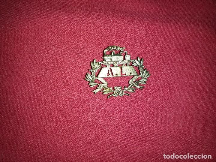 INTERESANTE INSIGNIA DE GORRA DE FERROCARRIL EPOCA ALFONSO XIII - LÍNEA ALCANTARILLA - LORCA (Militar - Insignias Militares Españolas y Pins)
