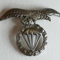 Militaria: DISTINTIVO BOINA BRIGADA PARACAIDISTA EJÉRCITO ESPAÑOL. Lote 119380867