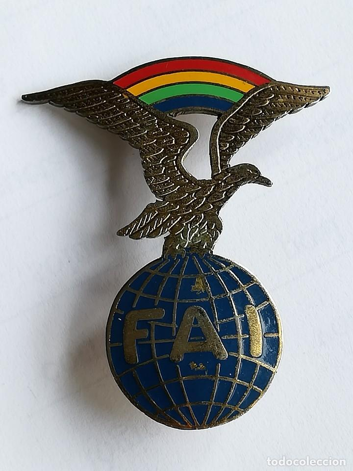Militaria: DISTINTIVO FAI BRIGADA PARACAIDISTA EJÉRCITO ESPAÑOL FEDERACIÓN AERONÁUTICA INTERNACIONAL - Foto 4 - 119381975
