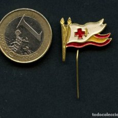 Militaria: INSIGNIA, CRUZ ROJA ESPAÑOLA, SANIDAD. Lote 119908735