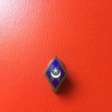 Militaria: ROMBO TIRADORES SAHARA IFNI - PIN OJAL. Lote 121367204