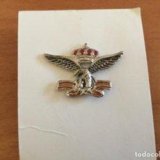 Militaria: INSIGNIA PIN AGUILA SOBRE BANDERA DE ESPAÑA. EMBLEMA FRANQUISTA?... Lote 121434883