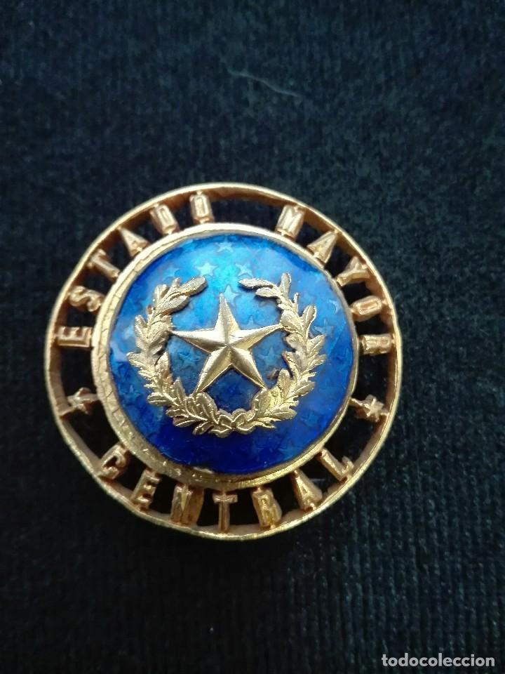 DISTINTIVO DE ESTADO MAYOR CENTRAL. NUMERADO. (Militar - Insignias Militares Españolas y Pins)