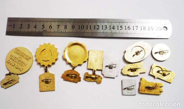 Militaria: Lote 10 insignias sovieticas .Tematica-30 aniversario de victoria en SGM.URSS - Foto 2 - 121680063