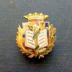 Militaria: INSIGNIA OJAL DE FARMACIA. Lote 121871423