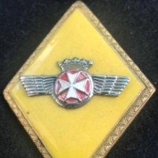 Militaria: V29- ROMBO SANIDAD EJERCITO DEL AIRE CON CORONA REAL DE ESMALTE Y METAL. Lote 122708883