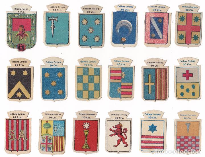 LOTE 18 EMBLEMAS DE AUXILIO SOCIAL EMBLEMA CORRIENTE SERIE B (Militar - Insignias Militares Españolas y Pins)