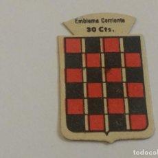 Militaria: EMBLEMA AUXILIO SOCIAL DE SOLAPA SERIE B Nº 188 BERMUDEZ CORRIENTE 30 CTS. Lote 127231375