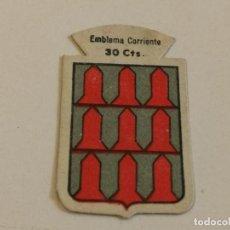 Militaria: EMBLEMA AUXILIO SOCIAL DE SOLAPA SERIE B Nº 234 ALCANTARILLA CORRIENTE 30 CTS. Lote 128357963