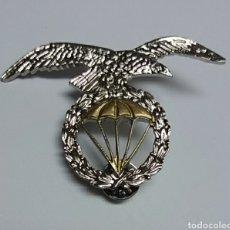 Militaria: INSIGNIA DE BOINA PARACAIDISTA. Lote 129692264