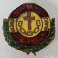 Militaria: PIN DE SOLAPA. CABALLEROS DE ESPAÑA. METAL ESMALTADO. 1936-1939.. Lote 131775426