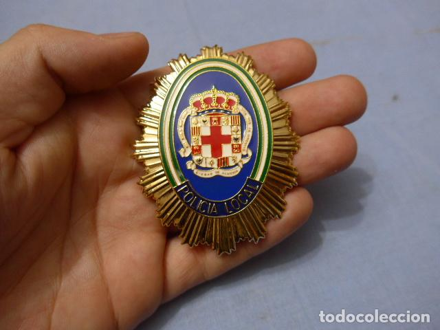 * PLACA DE POLICIA DE ALMERIA, ANDALUCIA, ORIGINAL. ZX (Militar - Insignias Militares Españolas y Pins)