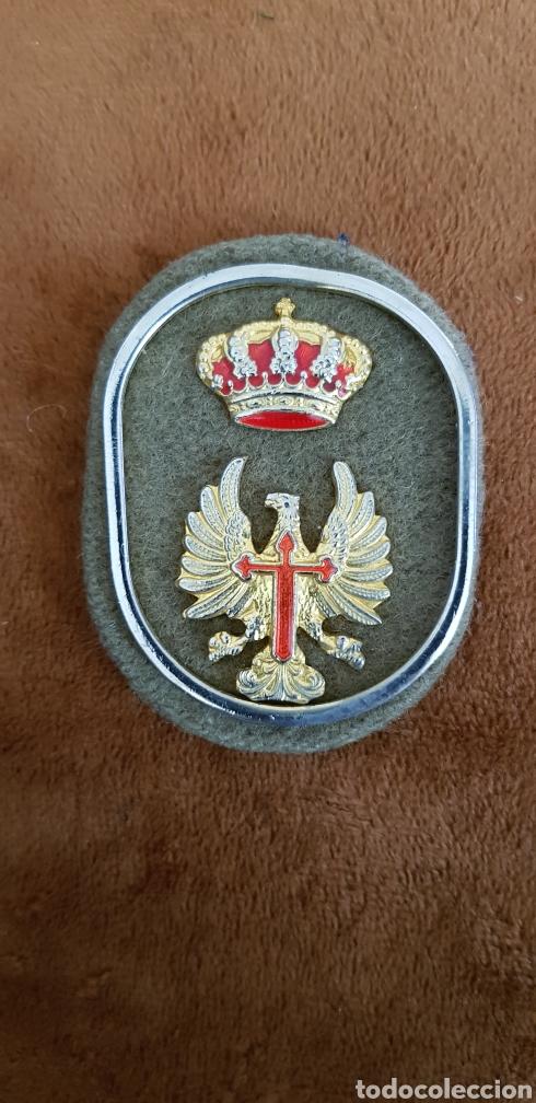INSIGNIA MILITAR DE ÁGUILA DE SAN JUAN Y CORONA 1991 (Militar - Insignias Militares Españolas y Pins)