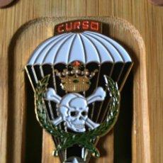 Militaria: MASCOTA - INSIGNIS DEL CURSO 96 DE LA BRIPAC. Lote 134541878